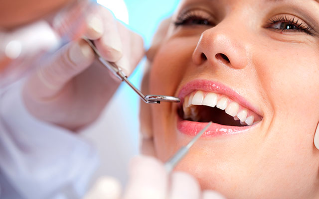 cosmetic dentists toronto